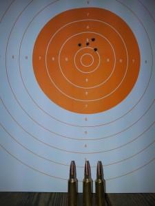 rosata di 4 cm a 300 metri ottenuta con Palla Hasler hunting 154 grani carabina kelbly's Atlas 300 wsm ottica Swarovski 2,5/15 x 44
